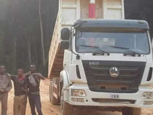 TRucks in Congo